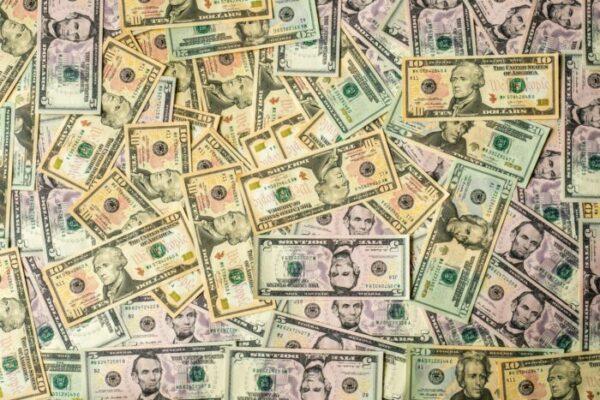 Milliers de dollars en liquide